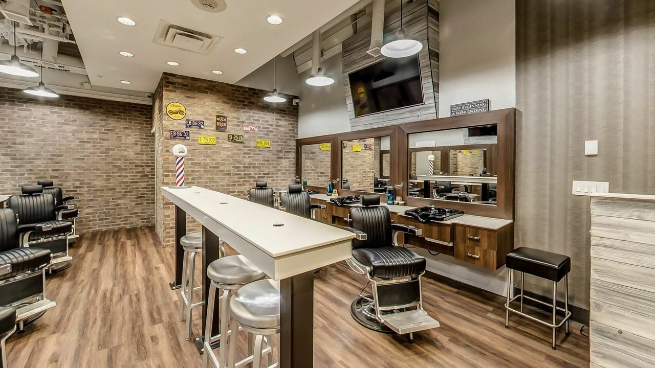 Denim & Smith Barbershop Chinook