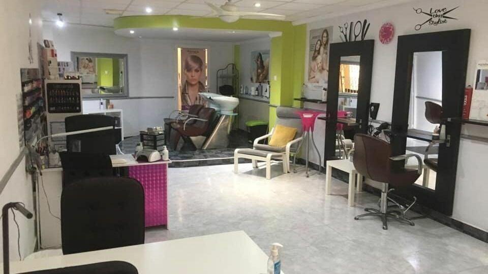 Chantelles hair and beauty salon los montesinos - 1