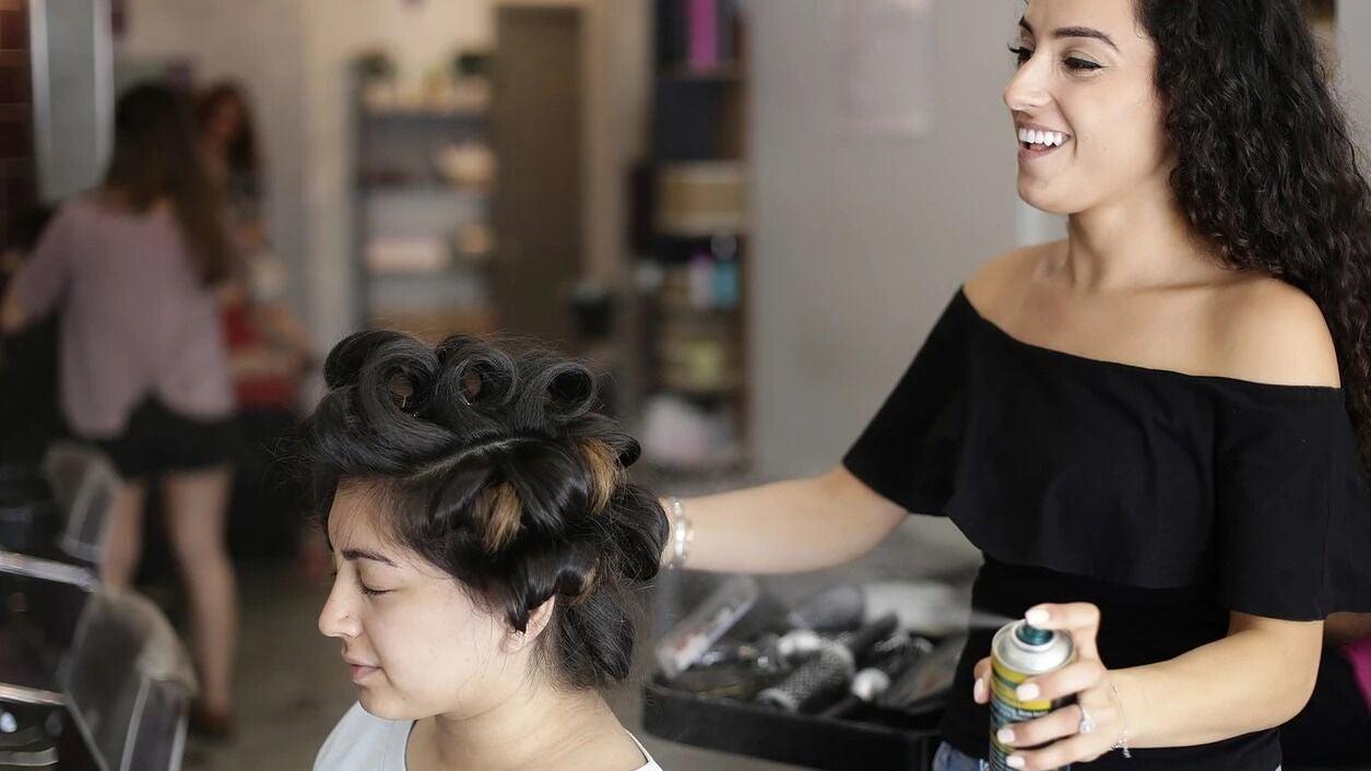 Muna Hair & Beauty - 1