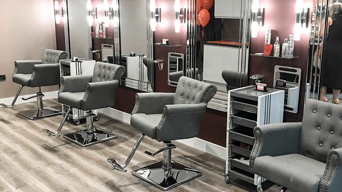 Nikki's Hair & Beauty Salon
