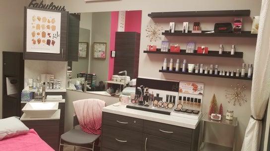 Lori Seaton's Lash & Skin Studio
