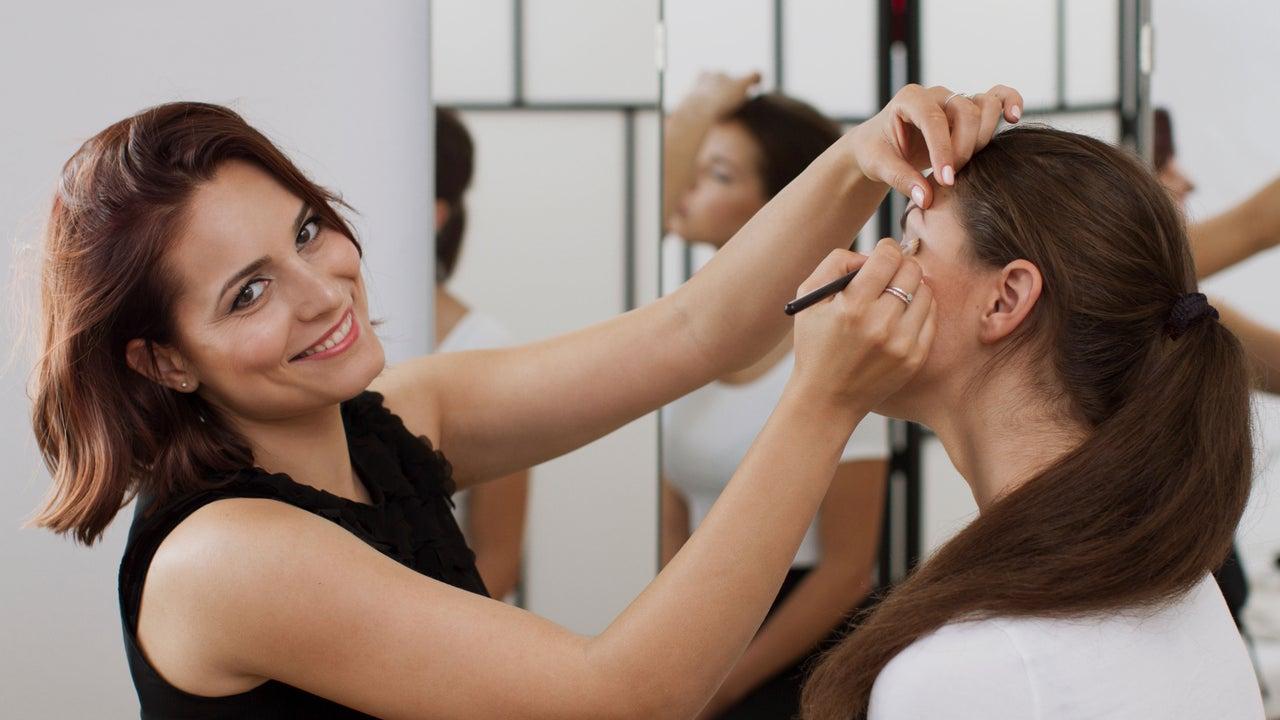 Makeup Steps Beauty Academy - 1
