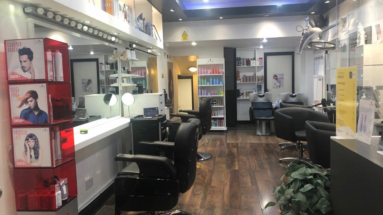 charming hair and beauty salon - 1