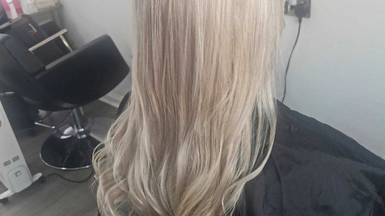 Linsey Wright Hairdressing