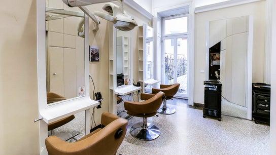 LASSANA - frizerski salon Stritarjeva 9 2