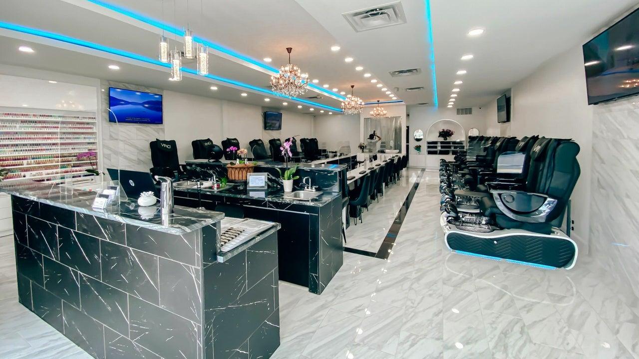 Vinci Nail Lounge