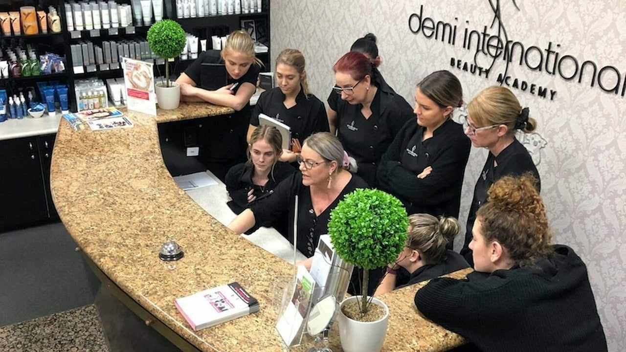 Beauty Clinic | Friday Bookings