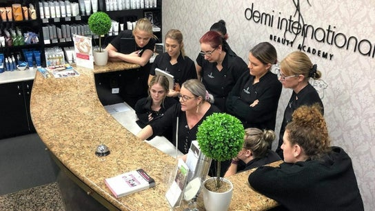 Beauty Clinic   Friday Bookings