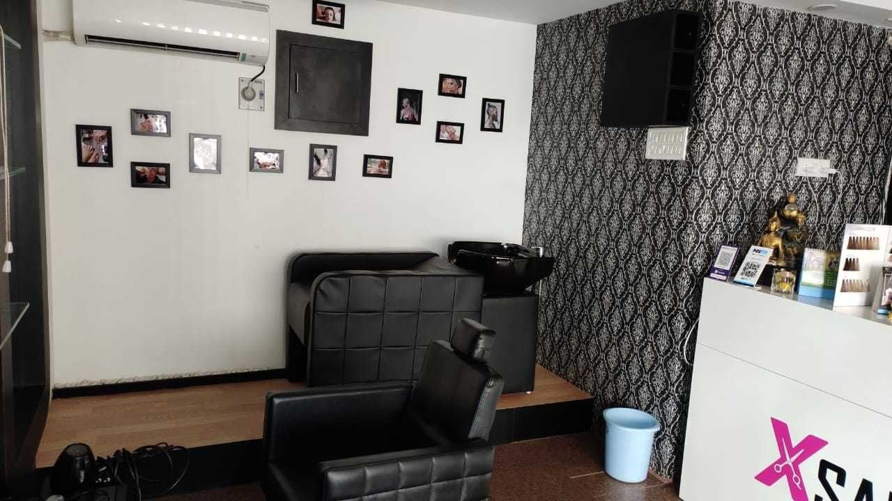 Salon - 1