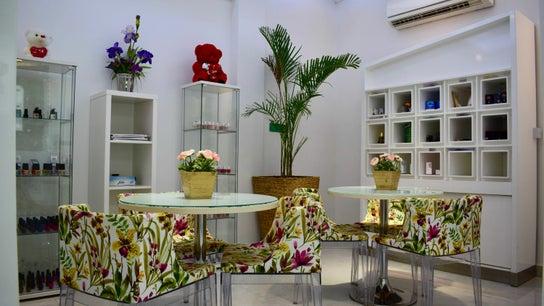 European Beauty Lounge  - المركز الاوروبي للتجميل و سبا-  Al Bateen