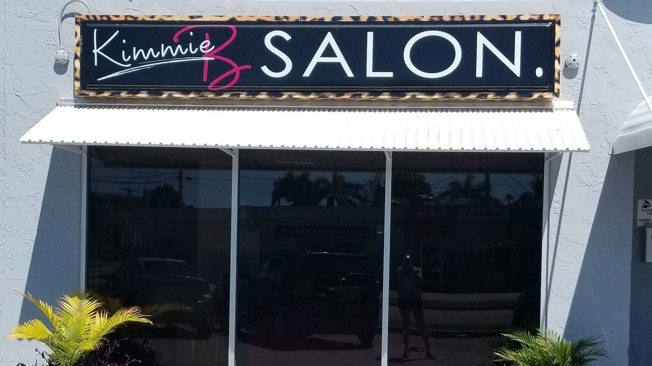 Star Struck Nails located inside KimmieB Salon - 1