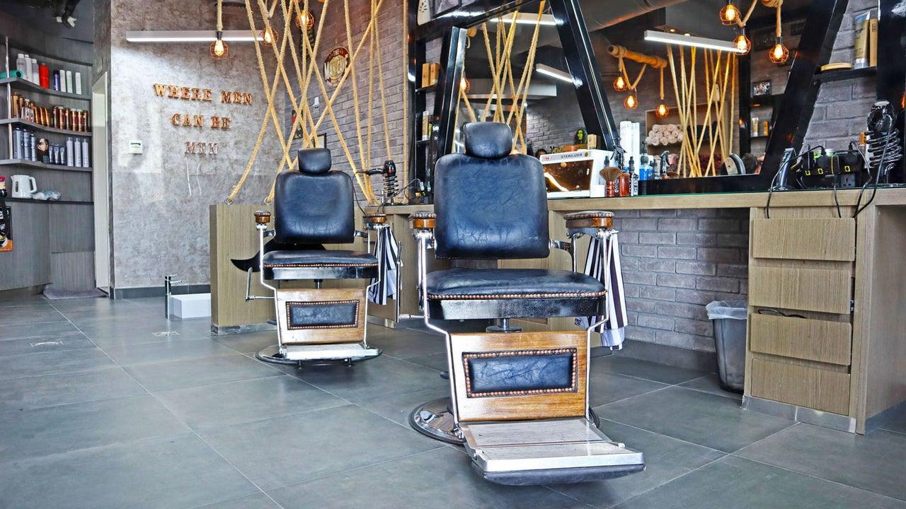 Classic Vibes Gents Salon - 1