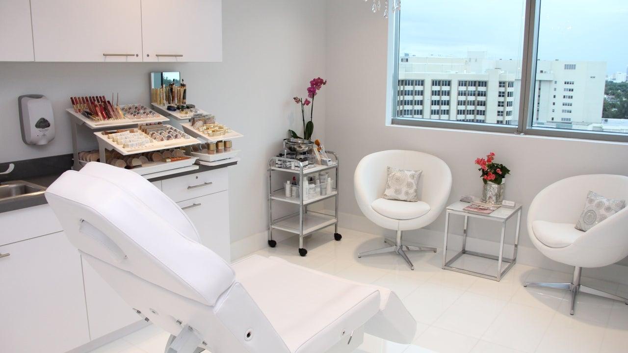 Health & Skin Center of Miami - 1