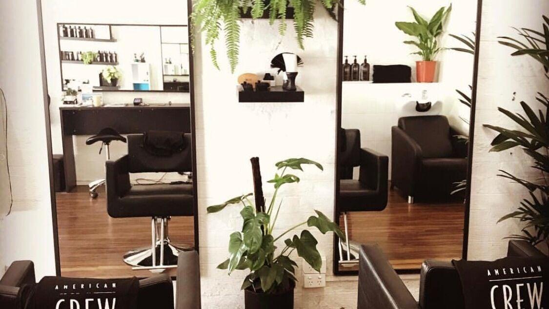Crowning Glory Male Hair Salon - 1
