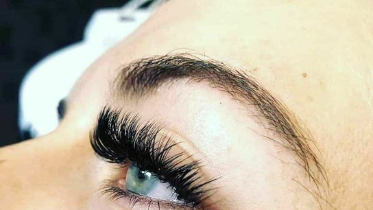 Vision Lashes Qualification Dollface