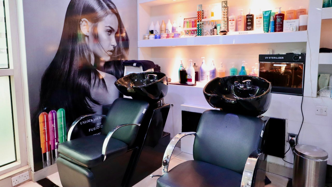 Robert Alexander Salon