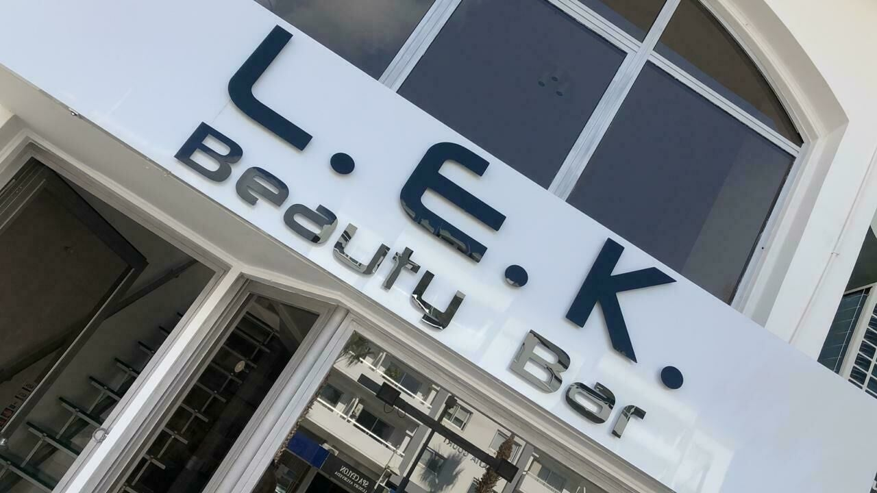 Lek Beauty Bar