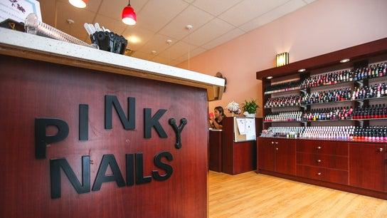 Pinky Nails on Yonge&Wellesley  546 Yonge st.