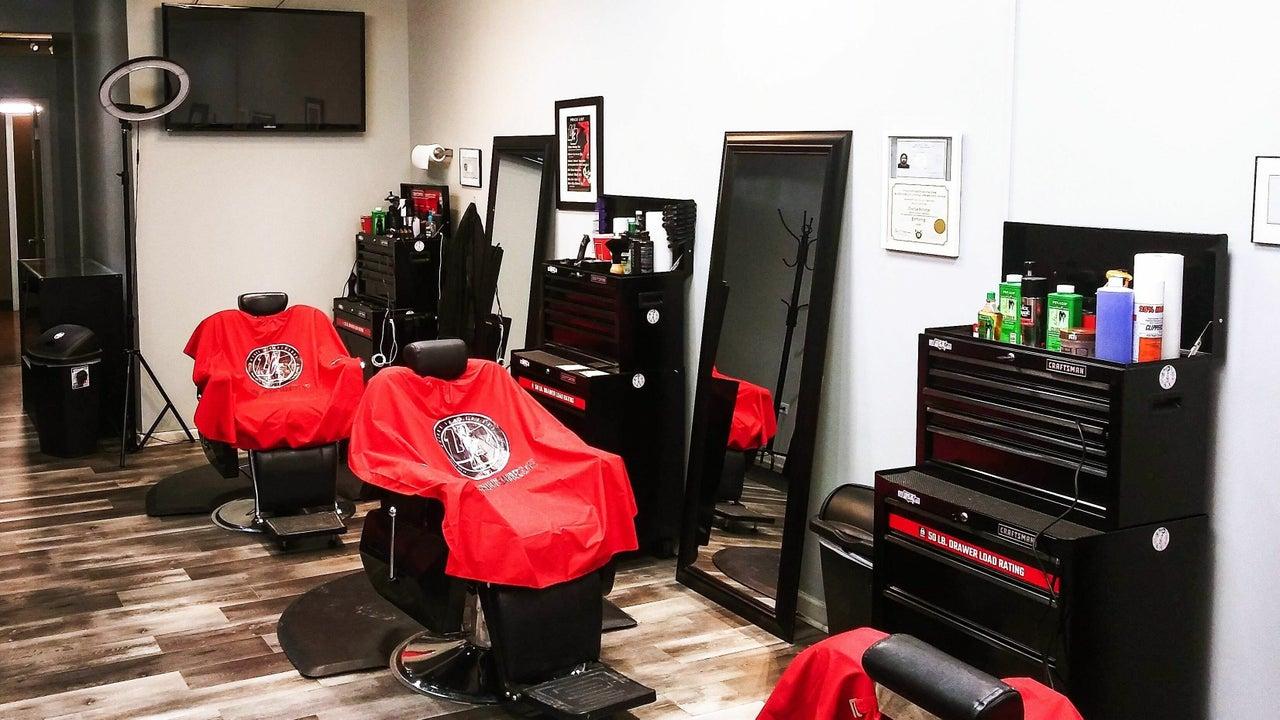 Unique Barbershop & Salon - 1