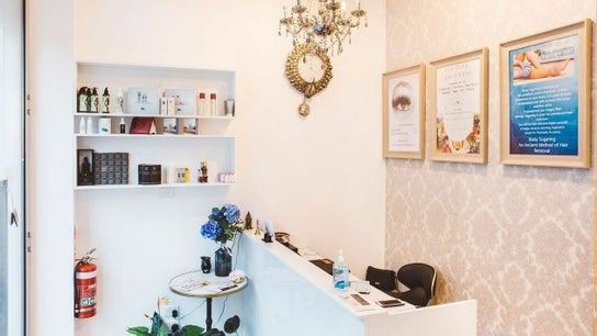 Beauty Brow & Lash Bar