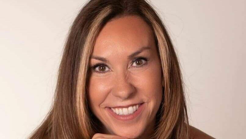 Manon Villeneuve   Obella - 1