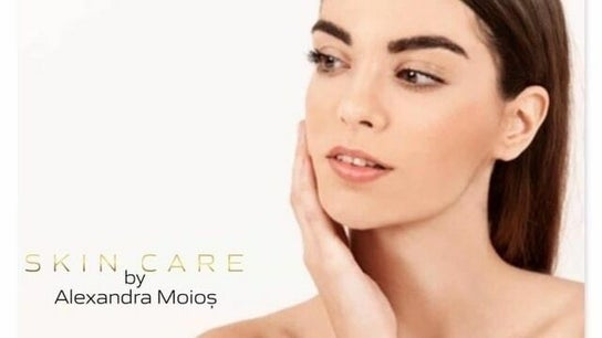 Skin care by Alexandra Moios