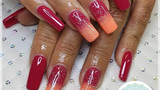 Nails by Jolie
