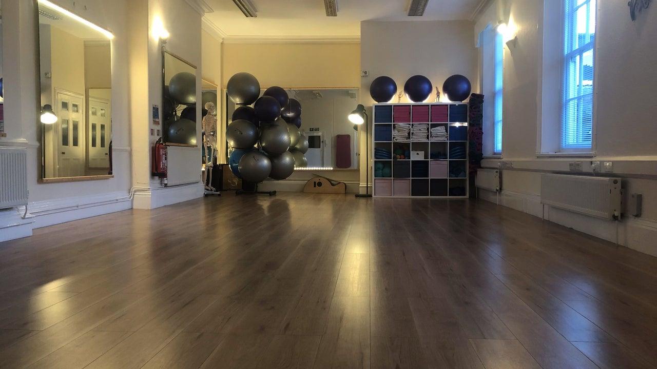 Woo Wellness (Pilates, Yoga, Reiki & Thai Yoga Massage) - 1