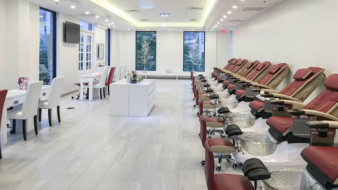 Uptown Galleria Nails & Spa