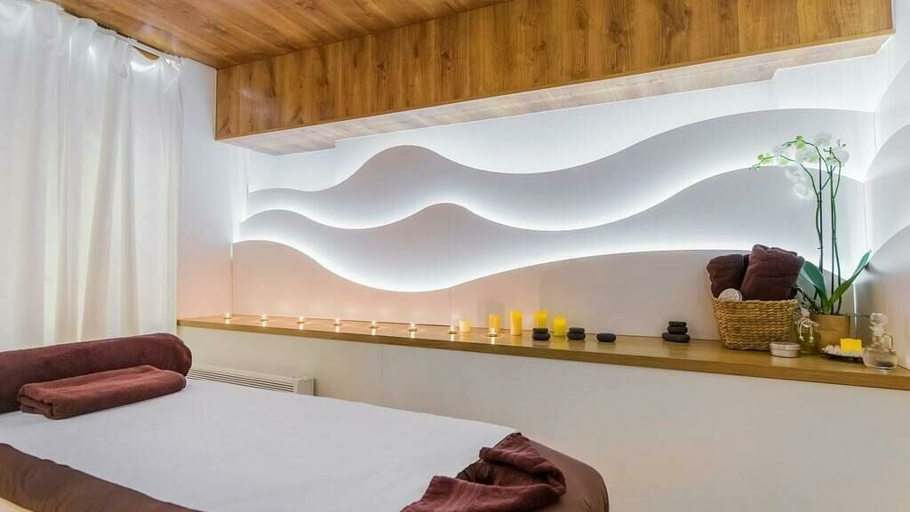 FIZ - Massage Centers   LAVELE 11