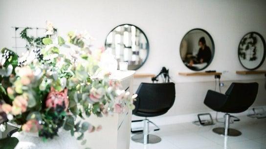 Resa Salon