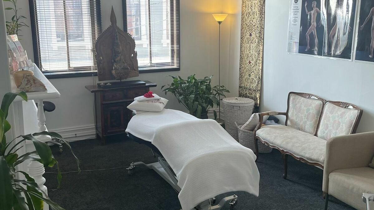 Sequoia Rolfing - Northcote Clinic - 1