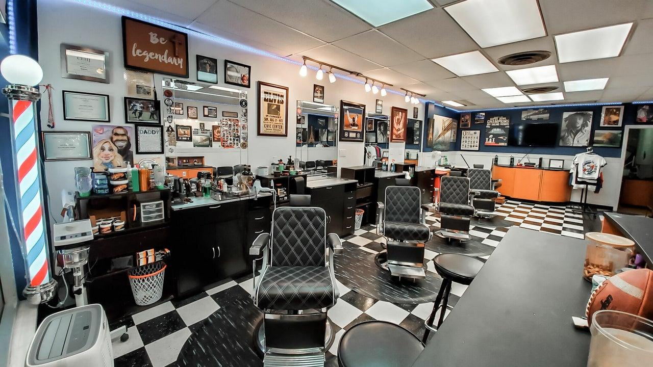 Legendary Looks Barbershop  - 1