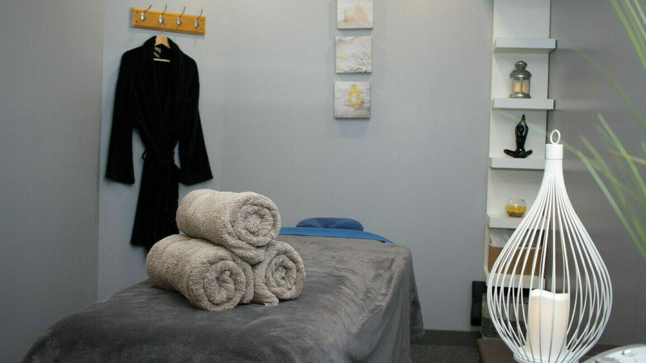 École de massage À Fleur De Peau - 1