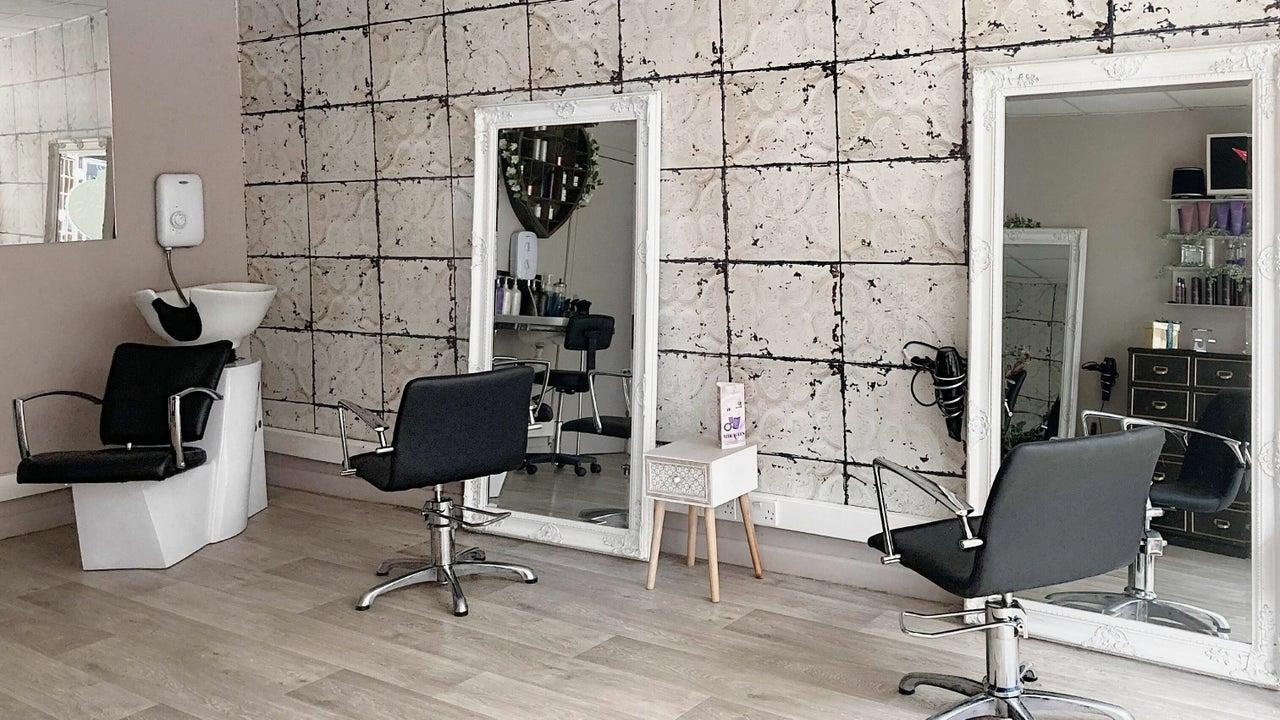 Max Hair Studio - 1