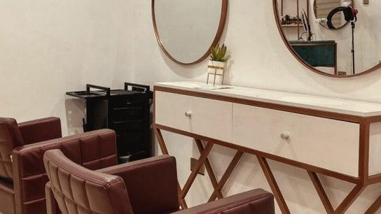 Uchis Beauty Lounge