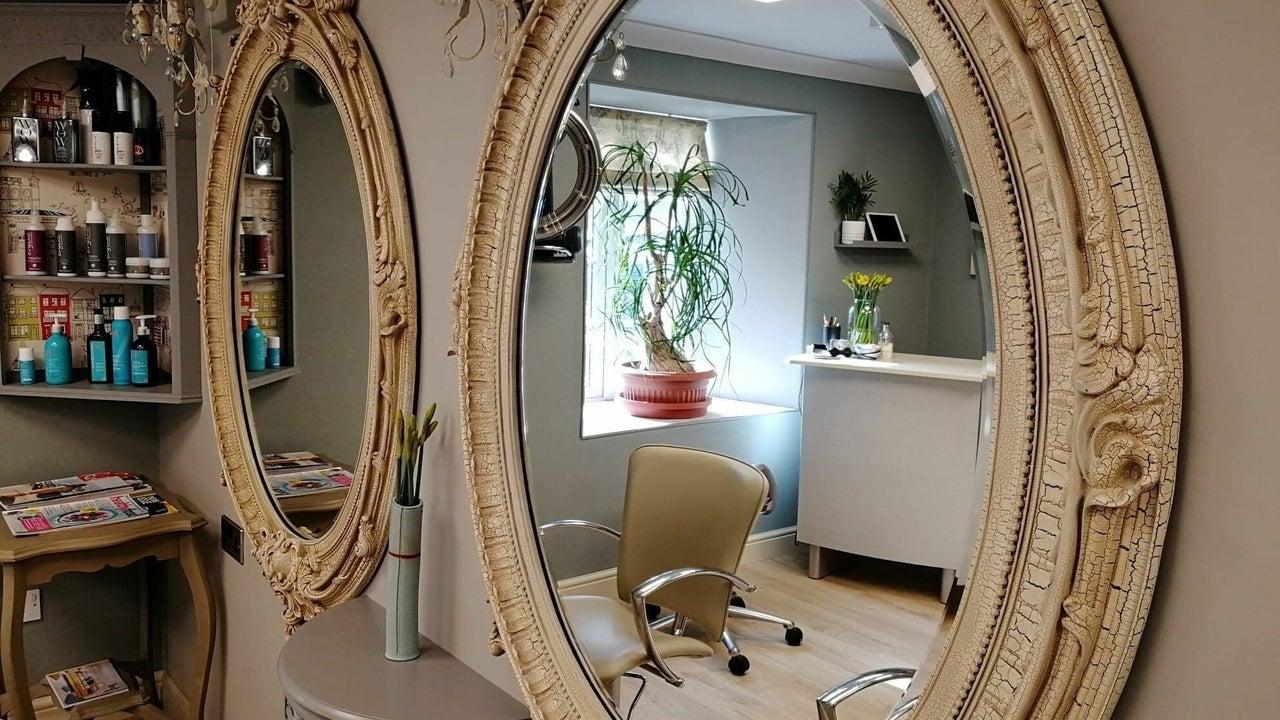 Melaine salon - 1