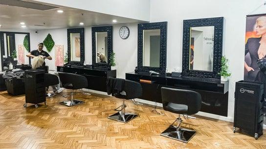 Auzus Hair and Beauty | Paradise Centre