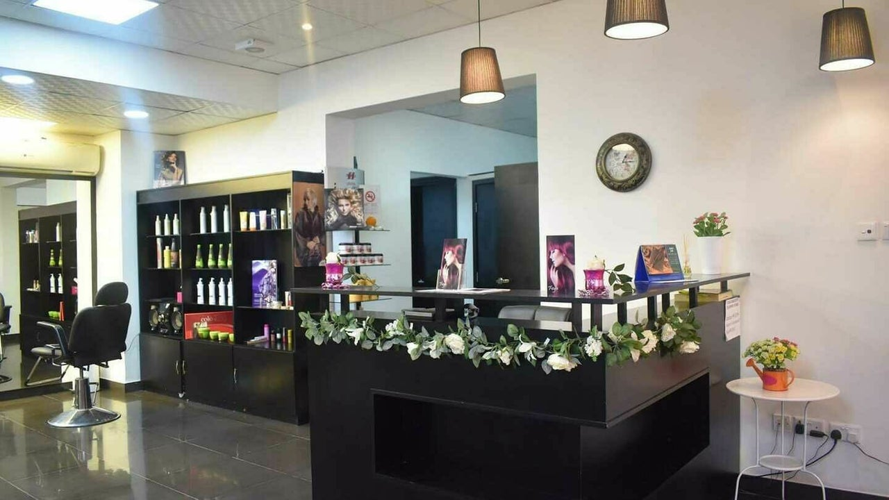 Feya Beauty Salon - 1