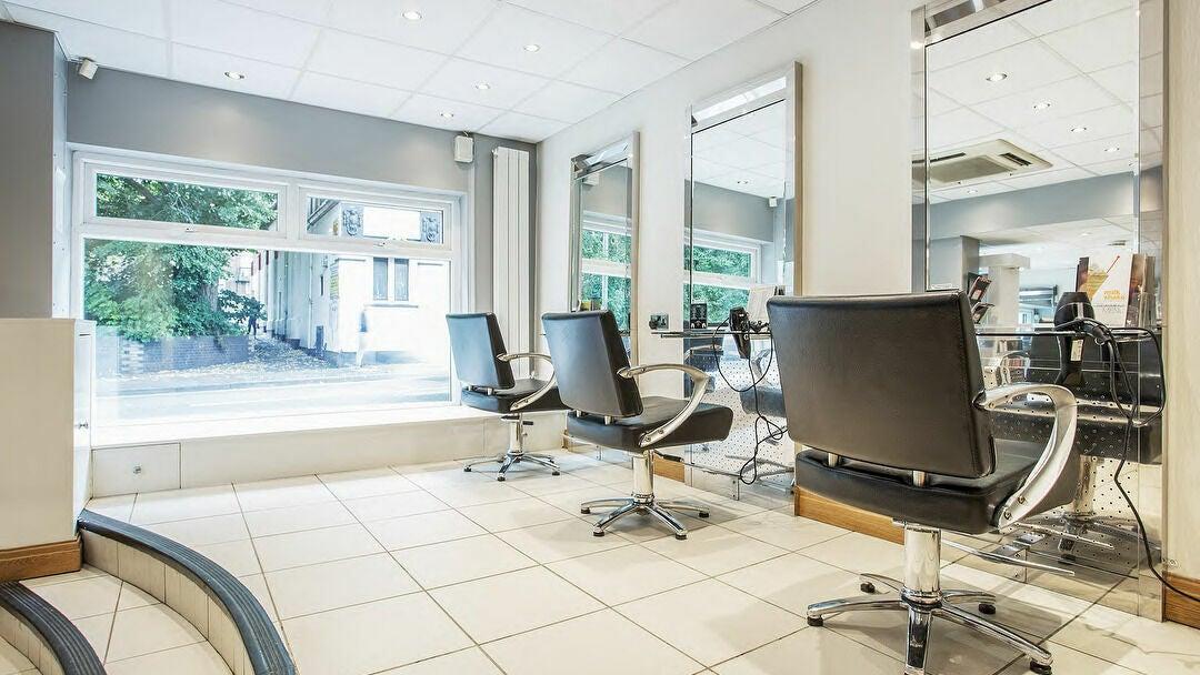 Aspire Beauty Salon - 1
