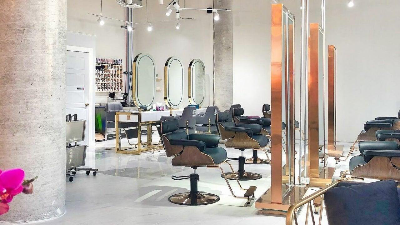 IN Salon   LaSalle - 1