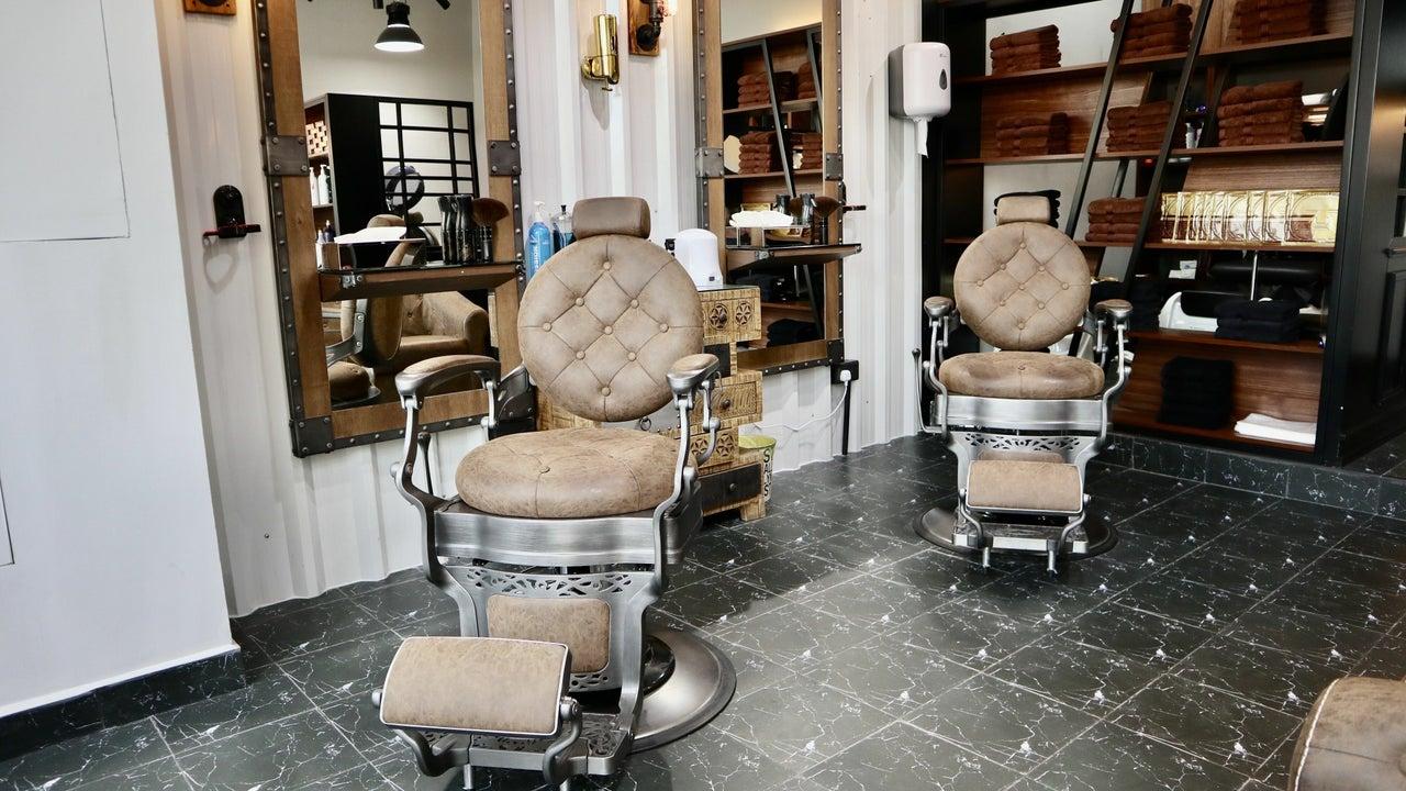 Barber Gaz Station - 1