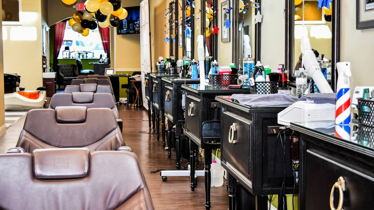 The Presidents Club Barber Shop  - 1