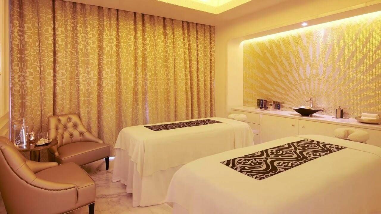 Amazing Hand Gents Massage Center & SPA