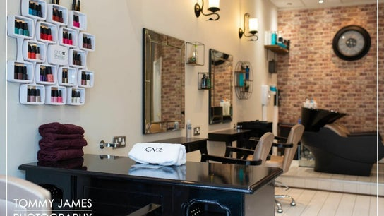 Head Turners Unisex Hair and Beauty Salon