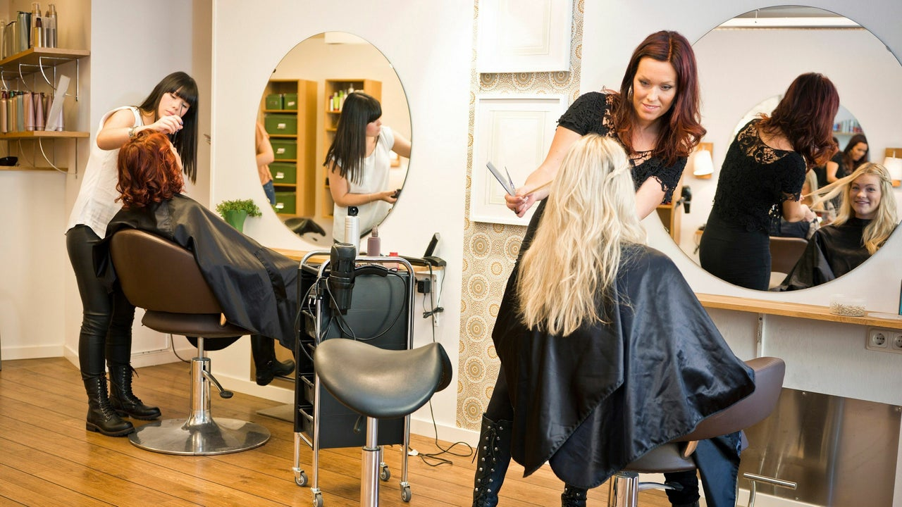 Demi International Hair Academy - 1