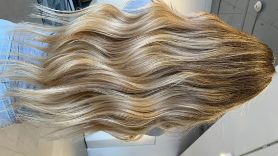 Hair in Motion (inside Jens Beauty Box)