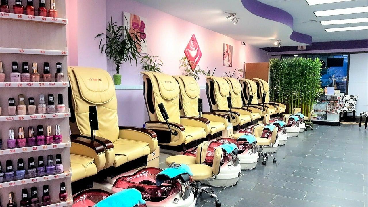 V5 Nails Salon & Spa - 1