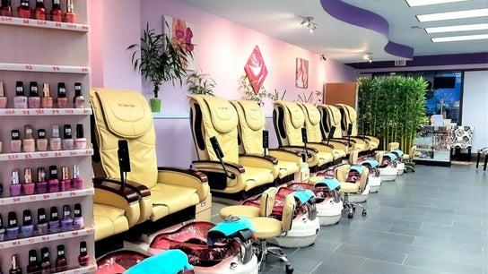 V5 Nails Salon & Spa