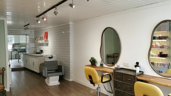 Green Wave Hair Workshop